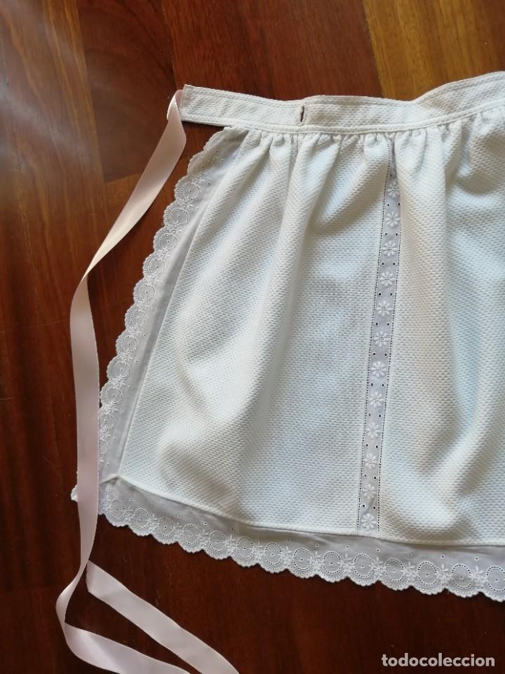 Vestidos Muñecas Españolas: Faldón para bebé o muñeca en piqué y bordado suizo años 80 - Foto 3 - 225966711