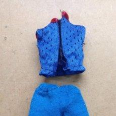 Vestidos Bonecas Espanholas: JUGUETE, ANTIGUO VESTIDO, ROPA MUÑECA CHABEL DE FEBER. Lote 234496760