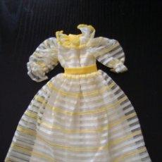 Vestidos Muñecas Españolas: VESTIDO MODELO PRIMAVERA DE MUÑECA DARLING DE FAMOSA. Lote 242988065