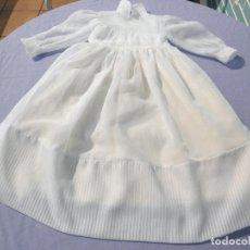 Vestidos Bonecas Espanholas: VESTIDO DE COMUNIÓN ORIGINAL DE LA MUÑECA ROSAURA DE JESMAR. Lote 245922490
