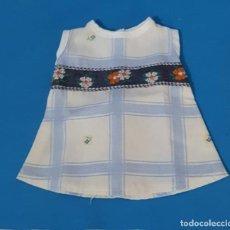 Vestidos Muñecas Españolas: == CH27 - VESTIDO ARTESANAL PARA NENUCA. Lote 262688620