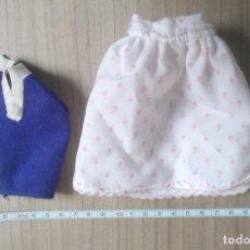 Vêtements Poupées Espagnoles: JUGUETE, LOTE 2 VESTIDO, ROPA PARA MUÑECA. Lote 267486794