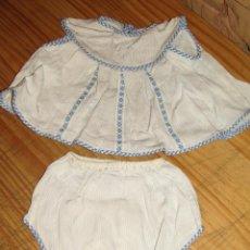 Vêtements Poupées Espagnoles: ANTIGUO CONJUNTO PARA MUÑECO, MUÑECA O BEBE - BRAGA Y CAMISA - AÑOS 70 - NUEVO - AZUL. Lote 269283153