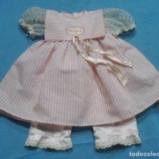 Vestidos Muñecas Españolas: VESTIDO Y POLOLO DE MUÑECA NENUCO. Lote 269315613