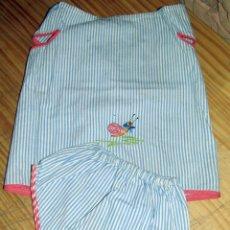 Vestidos Muñecas Españolas: ANTIGUO CONJUNTO PARA MUÑECO, MUÑECA O BEBE - BRAGA Y CAMISA - AÑOS 70 - NUEVO - ALGODON. Lote 269402588