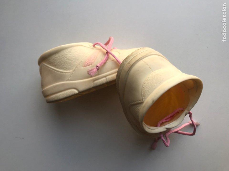 Vestidos Muñecas Españolas: Envio 8€. Zapatos muñeca grande de los 90. Mide14cm de JESMAR - Foto 4 - 272632393