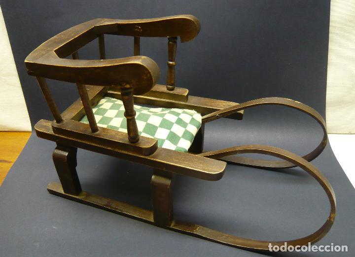 Vestidos Muñecas Españolas: Bella silla trineo de madera para muñeca altura Nancy aprox. - Foto 2 - 293583098