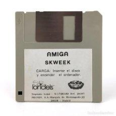 Videojuegos y Consolas: SKWEEK ·· PROEIN ESPAÑA / LORICIELS 1989 JUEGO RETRO INFORMATICA VINTAGE DISKETTE 3½ COMMODORE AMIGA. Lote 243066425