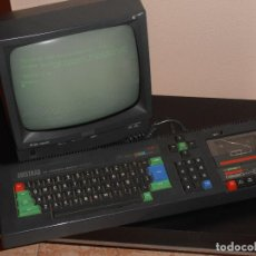 Videojuegos y Consolas: ORDENADOR AMSTRAD CPC464 MONITOR FOSFORO VERDE Y LOTE DE 9 CINTAS ORIGINALES, FUNCIONANDO. Lote 73312691