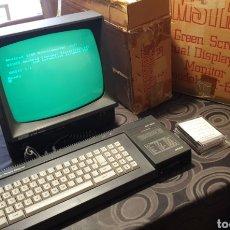 Videojuegos y Consolas: ORDENADOR AMSTRAD CPC 6128. MUY BUEN ESTADO, CON SU CAJA ORIGINAL.. Lote 195432105