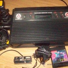 Videojuegos y Consolas: CONSOLA VIDEO JUEGOS CLON ATARI 2600 CON MANDOS AMSTRAD , CON ALIMENTADOR CONVERSOR TV Y JUEGOS. Lote 30040543