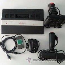 Videojuegos y Consolas: CONSOLA VIDEOJUEGOS CLON ATARI 2600 CON 2 MANDOS, ALIMENTADOR Y CONVERSOR. CAJA E INSTRUCCIONES.. Lote 54281922