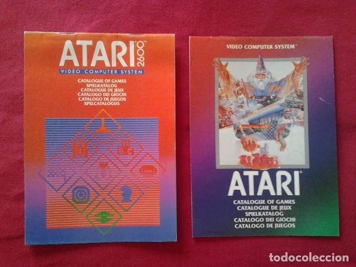 2 CATÁLOGOS DE JUEGOS ATARI OFICIAL MUY BUEN ESTADO VIDEOJUEGOS PROMOCIONAL ORIGINAL (1982, WARNER) (Juguetes - Videojuegos y Consolas - Atari)
