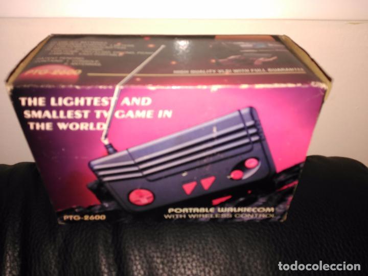 Videojuegos y Consolas: Consola clon atari ptg-2600 portable walkiecom nueva a estrenar con mando inalámbrico rarisima leer - Foto 2 - 88825812