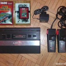 Videojuegos y Consolas: ATARI 2600 ORIGINAL + JUEGO POLE POSITION. Lote 113145659