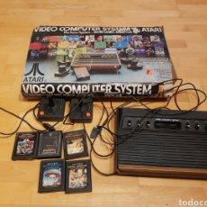 Videojuegos y Consolas: ATARI ANTIGUA VIDEO CONSOLA ATARI CX 2600 EN CAJA CON 5 JUEGOS ORIGINAL. Lote 183742020