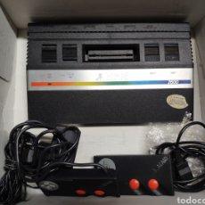Videojuegos y Consolas: ANTIGUA CONSOLA ATARI 2600 MANDOS TRANSFORMADOR ACOPLADOR. Lote 189197803