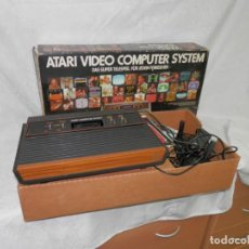 Videojuegos y Consolas: CONSOLA, VIDEOJUEGOS, ATARI CX2600 AP, CON CAJA, PAPELES Y MANDOS. Lote 194094463
