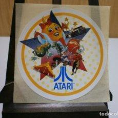Videojuegos y Consolas: PEGATINA ORIGINAL AÑOS 80 ATARI. Lote 199997021