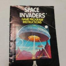 Videojuegos y Consolas: INSTRUCCIONES VIDEOJUEGO ATARI SPACE INVADERS. Lote 240116140