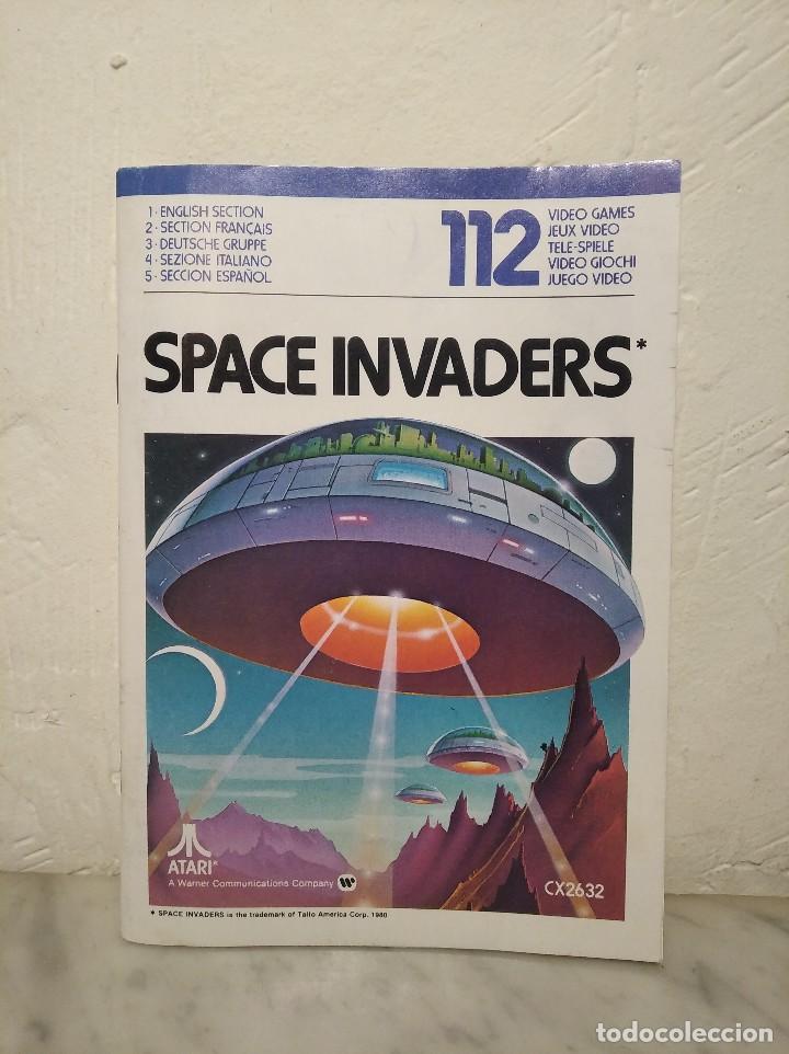 MANUAL INSTRUCCIONES SPACE INVADERS - ATARI - AÑO 1980 + FOLLETO JUEGOS ATARI 2600 (Juguetes - Videojuegos y Consolas - Atari)