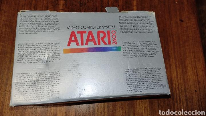 Videojuegos y Consolas: VIDEOCONSOLA ATARI 2600 - COMPLETO EN SU CAJA ORIGINAL FUNCIONANDO COMO NUEVA CON 32 JUEGOS EN UNO - Foto 5 - 260796610