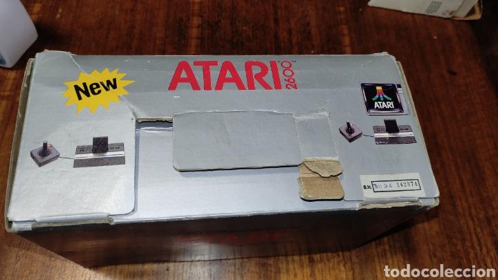 Videojuegos y Consolas: VIDEOCONSOLA ATARI 2600 - COMPLETO EN SU CAJA ORIGINAL FUNCIONANDO COMO NUEVA CON 32 JUEGOS EN UNO - Foto 7 - 260796610