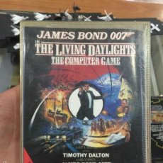 Videojuegos y Consolas: JUEGO PARA COMMODORE 64 JAMES BOND THE LIVING DAYLIGHTS EN ESTUCHE. Lote 56659417