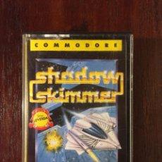 Videojuegos y Consolas: SHADOW SKIMMER - CINTA CASSETTE JUEGO COMMODORE 64 SERIE LEYENDA. ERBE-EDGE-SOFTWARE. Lote 110685687