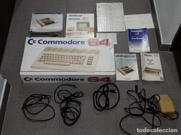 Commodore 64 - consola - videojuegos - Sold at Auction