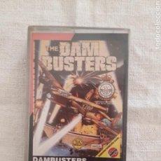 Videojuegos y Consolas: CASSETTE JUEGO THE DAM BUSTERS + LIBRILLO COMMODORE 64. Lote 151358358