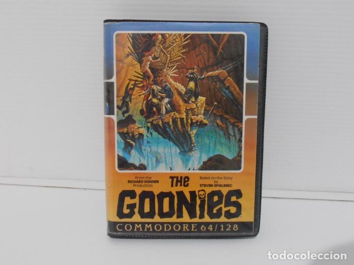 JUEGO COMMODORE 64, ESTUCHE RIGIDO, THE GOONIES, US GOLD, STEVEN SPIELBERG (Juguetes - Videojuegos y Consolas - Commodore)