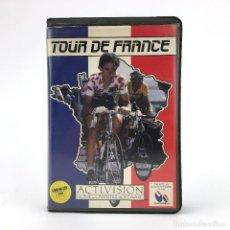 Videojuegos y Consolas: TOUR DE FRANCE. ESTUCHE PROEIN ESPAÑA / ACTIVISION SPORTS CICLISMO CBM COMMODORE 64 128 C64 CASSETTE. Lote 231088575