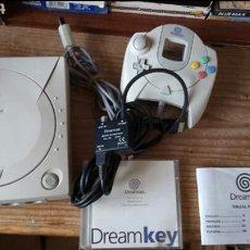 Videojuegos y Consolas: SEGA DREAMCAST+VISUAL MEMORY. Lote 119090086