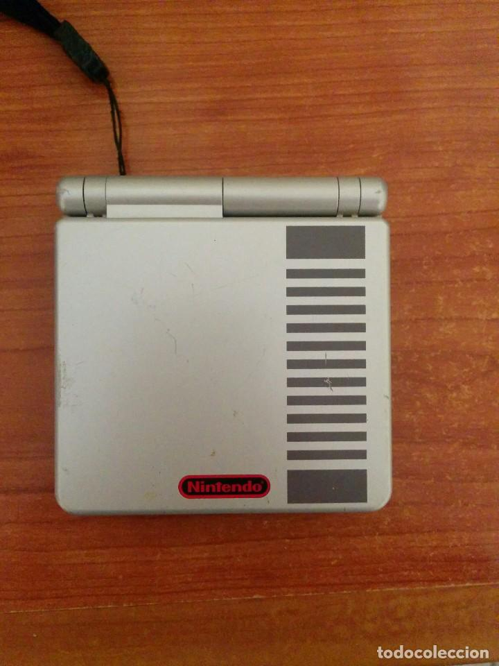 CONSOLA GAMEBOY ADVANCE SP NES CLASSIC EDITION CON CARGADOR (Juguetes - Videojuegos y Consolas - Nintendo - GameBoy Advance)