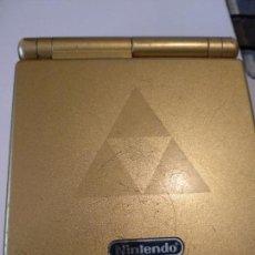 Videojuegos y Consolas: NINTENDO GAME BOY ADVANCE GBA SP ZELDA TRIFORCE SISTEMA AGS MÁS BRILLANTE GOLD. Lote 116258583