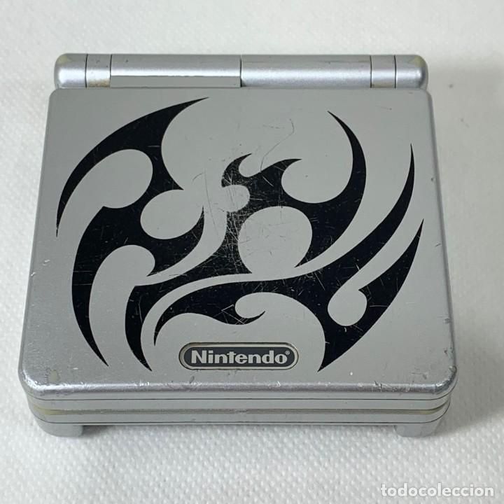 CONSOLA NINTENDO GAME BOY ADVANCE SP - GRIS PLATA - NO FUNCIONA (Juguetes - Videojuegos y Consolas - Nintendo - GameBoy Advance)
