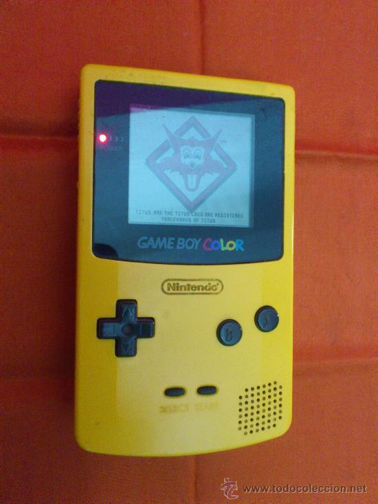 MAQUINITA NINTENDO GAME BOY COLOR. AMARILLA. FUNCIONA. (Juguetes - Videojuegos y Consolas - Nintendo - GameBoy Color)