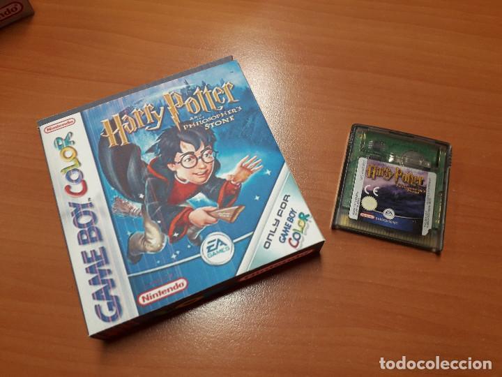 08-00268 GAME BOY COLOR - HARRY POTTER Y LA PIEDRA FILOSOFAL ( CON CAJA CASERA) (Juguetes - Videojuegos y Consolas - Nintendo - GameBoy Color)