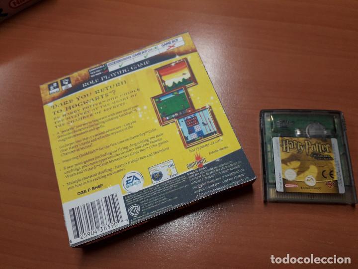 Videojuegos y Consolas: 08-00269 GAME BOY COLOR - HARRY POTTER Y LA CAMARA SECRETA ( CON CAJA CASERA) - Foto 2 - 134869954