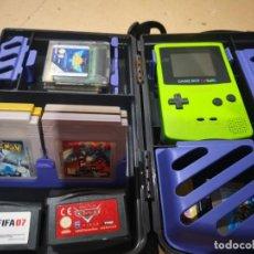Videojuegos y Consolas: LOTE GAME BOY COLOR VERDE + FUNDA ORIGINAL RIGIDA Y LOTE 15 JUEGO. VER DESCRIPCION. Lote 143249274
