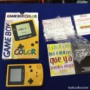 Videojuegos y Consolas: NINTENDO GAME BOY COLOR CON CAJA Y PAPELES AMARILLA . Lote 158622182