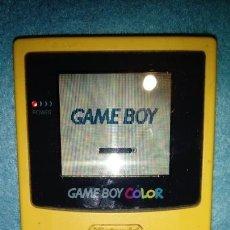 Videojuegos y Consolas: GAME BOY COLOR - AMARILLA CON TAPA DE PILAS . FUNCIONANDO. Lote 164976970