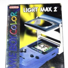 Videojuegos y Consolas: NINTENDO LIGHT MAX 2 LUPA CON LUZ PARA GAMEBOY COLOR Y POCKET EN CAJA. Lote 231696115