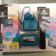 Videojuegos y Consolas: BATERIA Y CARGADOR ESPECIAL PARA CONSOLA GAME COLOR. ADAPTADOR IMPUT AC220-240 50HZ. Lote 241990760