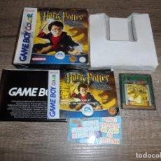 Videojuegos y Consolas: NINTENDO GAMEBOY COLOR HARRY POTTER Y LA PIEDRA FILOSOFAL PAL ESP COMPLETO. Lote 277742638