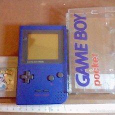 Videojuegos y Consolas: GAMEBOY POCKET GAME BOY AZUL + ESTUCHE + POKEMON SILVER PLATA FUNCIONANDO . Lote 100642168