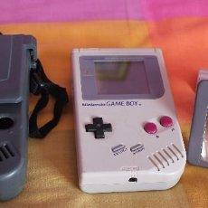 Videojuegos y Consolas: CONSOLA GAME BOY CLASICA CON FUNDA PROTECTORA-LUPA Y JUEGO 15 EN 1-AÑOS 80. Lote 261327245