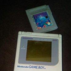 Videojuegos y Consolas: GAME BOY DMG-01 DE NINTENDO DE LOS PRIMEROS CON EL CLASICO TETRIS. Lote 83704260
