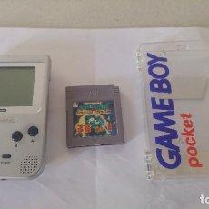 Videojuegos y Consolas: NINTENDO GAMEBOY POCKET GB SILVER + CAJA + JUEGO 33 IN 1. Lote 91365350